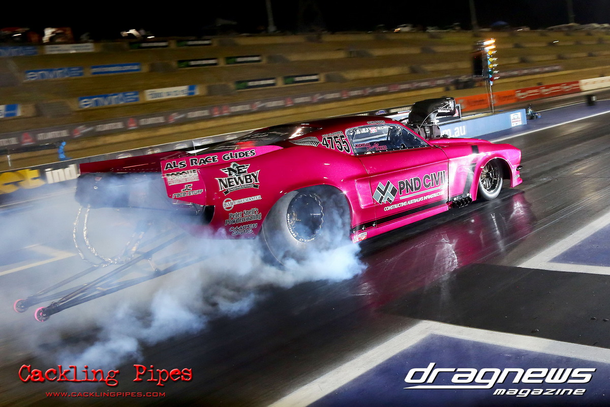 Michelle Davies in her Ford Mustang Pro Slammer.