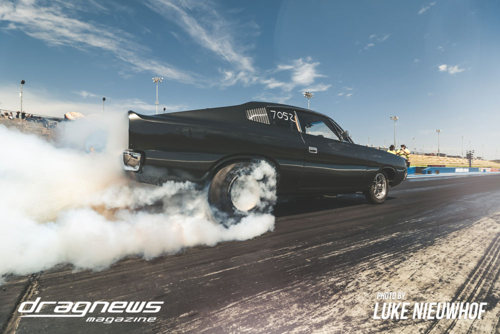 Craig Moar doing a burnout in his Valiant Charger.